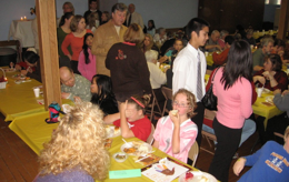 outreach-thanksgiving-dinner